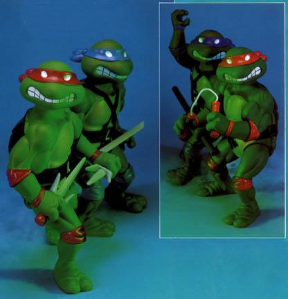 Giant Turtles' figures (1990)