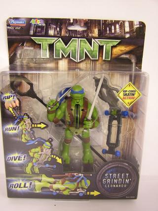 Street Grindin' Leonardo (TMNT 2007 film) boxed
