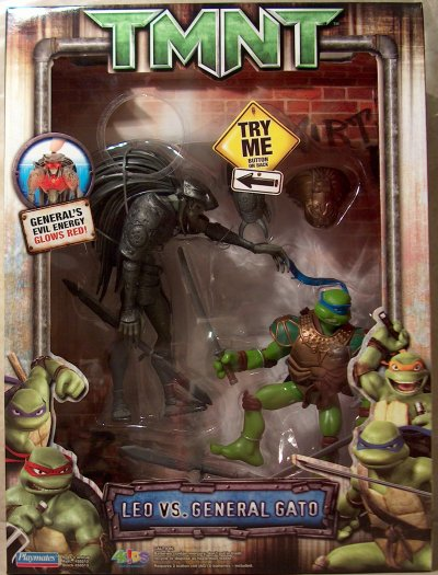 Leo vs. General Gato (TMNT 2007 film) boxed