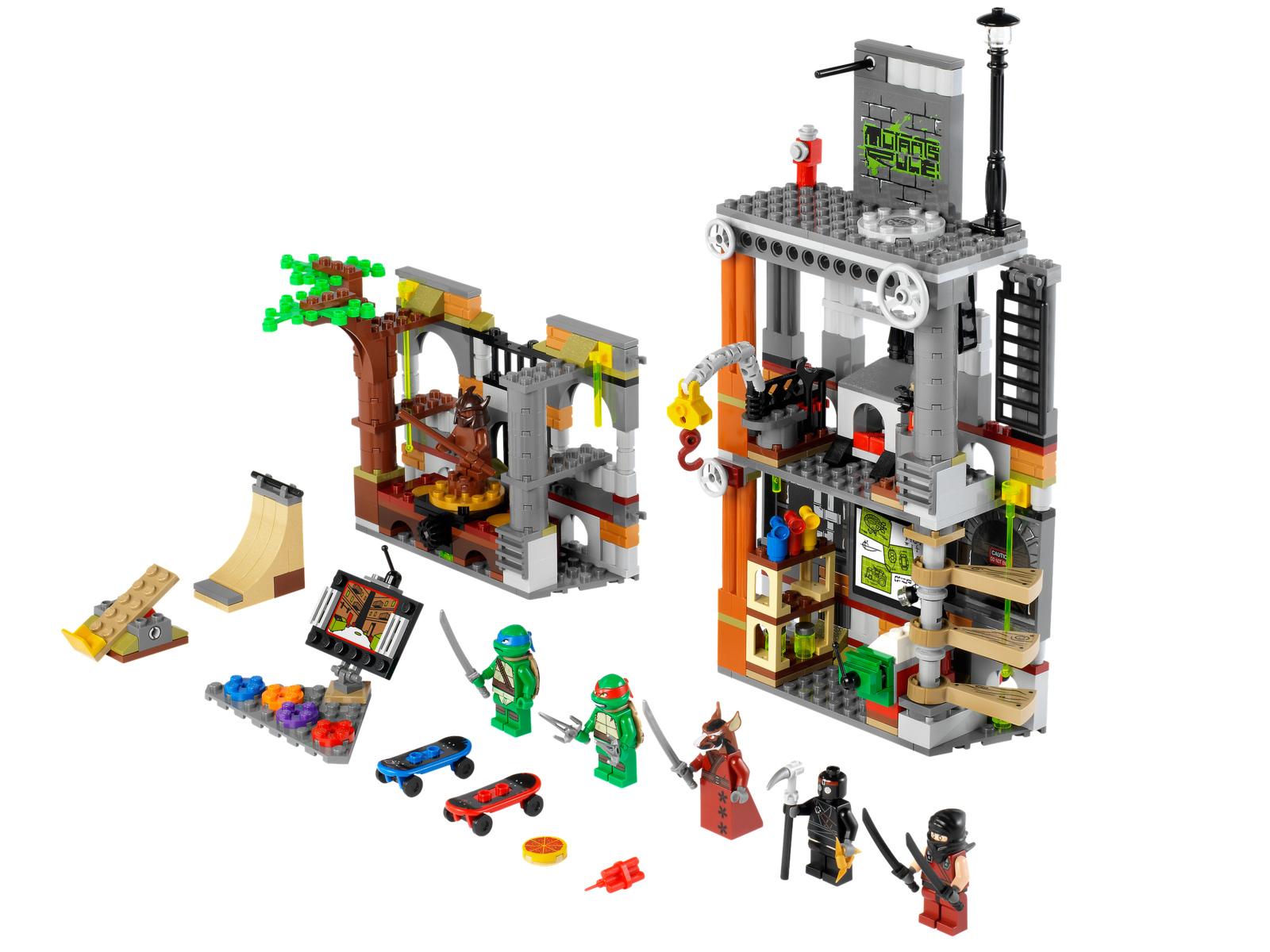 Lego. Turtle Lair Attack (2)