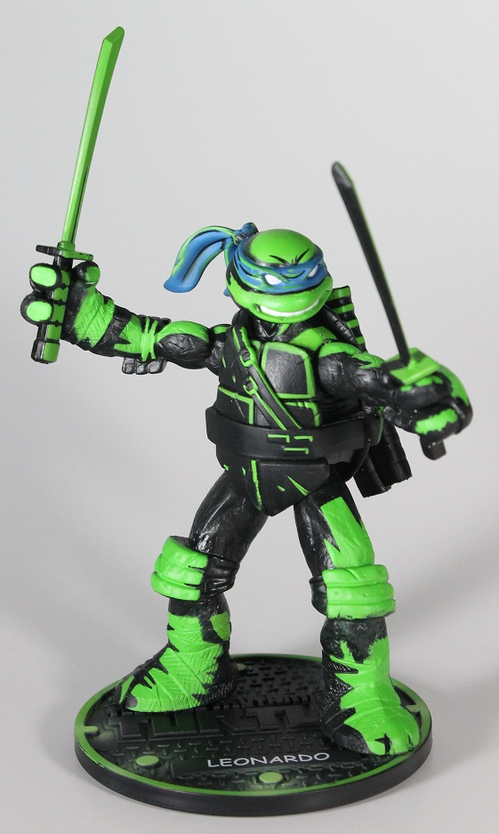 Night Shadow Leonardo (2012, figure) 1