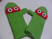 Черепашка Рафаэль - вязаные рукавицы.jpg