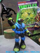 toyfair2013-play-tmnt19.jpg