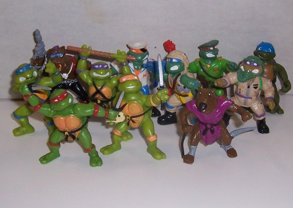 Купля-продажа: игрушки фигурки - stuff00009-1.jpg