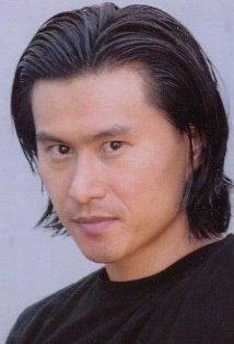 Актёры, игравшие в фильмах о Черепашках-Ниндзя - Ho Sung Pak (Хо Сунг Пак) 1.jpg