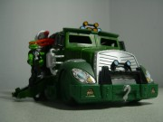 Игрушки и фигурки TMNT общая тема  - черепашки ниндзя 2007 микеланджело фургон 2.jpg