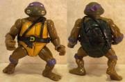 Игрушки и фигурки TMNT общая тема  - донателло 1988.jpg