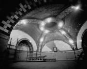 Черепашки-Ниндзя II: Секрет Канистры 1991  - CityIRT.1978lobby.jpg