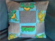 Изображения TMNT, их символика и т.п. на различных предметах - Черепашки Ниндзя - подушка.jpg