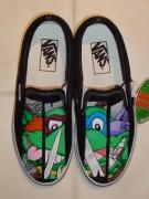 Изображения TMNT, их символика и т.п. на различных предметах - Черепашки Ниндзя - туфли (1).jpg