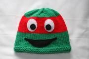Изображения TMNT, их символика и т.п. на различных предметах - Рафаэль - вязаная шапочка.jpg