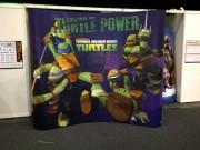Изображения TMNT, их символика и т.п. на различных предметах - Nickelodeon-Teenage-Mutant-Ninja-Turtles-Booth-At-London-UKs-MCM-Expo-London-Comic-Con-2012-Animation-CGI-TMNT-Animation-Animated-Display-Promo.jpg
