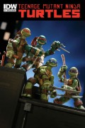 Игрушки и фигурки TMNT общая тема  - sdcc12_idw_tmnt_toy_comic.jpg