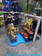 Анонс новых фигурок от Playmates и LEGO - toyfair2013-play-tmnt60.jpg