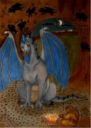 Легенда: «Солнце и Луна» Вначале истории зарождения этого вида существовало всего лишь два Аркхана. Один из них был яростным и своенравным ящером, его чешуя была словно золото, а в его пасти полыхали языки пламени. В народе его прозвали крылатая смерть . Он сжигал целые деревни и воровал домашний скот. На выжженных им землях ничего более не росло, что обрекало людей на голод. Второй же напротив, был намного старше своего собрата и очень спокойным, ему не было дано дышать огнём, зато он был наделён разумом и добрым сердцем. Ему дали имя Луна, чей серебристый свет проливал в души надежду на спасение от огненных языков Солнца. Вскоре стало ясно, что битвы между двумя могучими королями небес было неизбежно. Всё было окутано клубами дыма, в небе разгорелась битва не на жизнь, а на смерть. Солнцу удалось нанести серьёзные ожоги Луне ,так же лишив его правого глаза. Но и огненного ящера сразили сильные удары когтей рослого соперника. В итоге, после изнурительной схватки оба они остались живы, но моральный дух Солнца был повержен, и ему пришлось отступить, он улетел далеко в горы и вскоре, его потомков стали называть горными Аркханами. Что же касается Луны, он остался жить неподалёку от людских поселений и подарил им огромный подарок, который вскоре изменил жизнь и ход истории людей, своих детей. Так, человек научился использовать его потомков в благих целях, они стали незаменимыми товарищами в бою. Между Аркханом и человеком сформировалась прочная связь, и на протяжении многих веков она становилась только сильней. - IjhlqwTjFCI.jpg