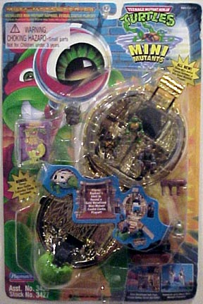 Metallized Raphael Feudal Castle Playset (boxed)