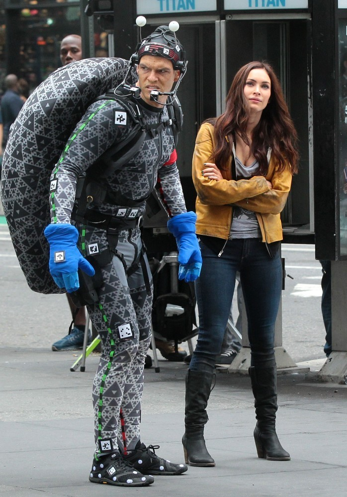 Raph and April (4)